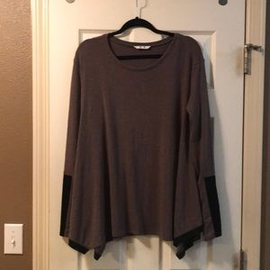 Three Dot cozy long sleeve with suede piping